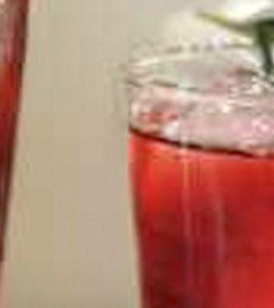Agua de jamaica baja en azúcar con perfume de romero