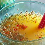 Agua de Naranja con Chía y Chile de Árbol