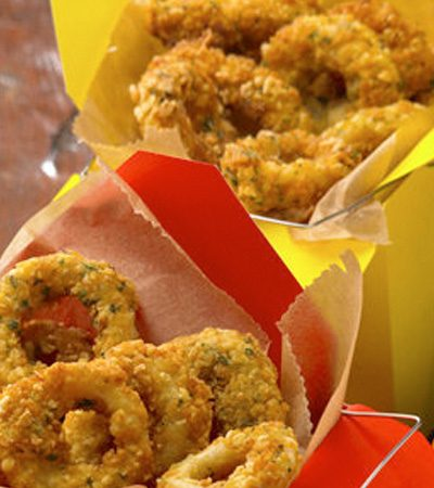 Aros de calamar con mayonesa de wasabi