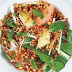 bowl de trigo con citricos y jicama