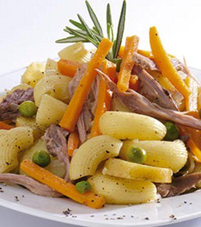Codo con juliana de barbacoa y verduras