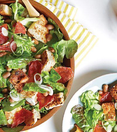 Ensalada crujiente con jamón serrano y vinagreta de chipotle
