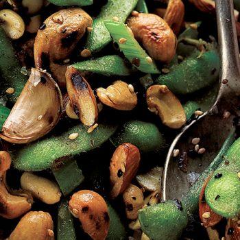 ensalada de edamames y semillas
