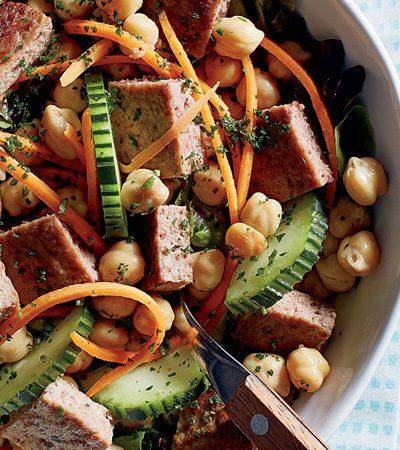 Ensalada de Garbanzos con Carne y Vegetales