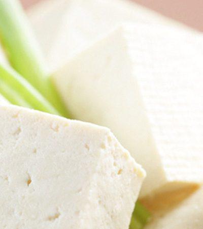 Ensalada de tofu y ejotes con curry rojo