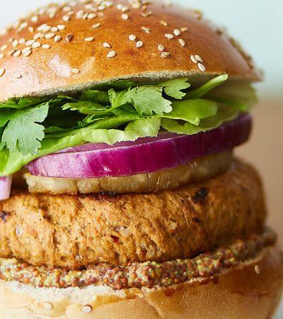 hamburguesa de cerdo al pastor