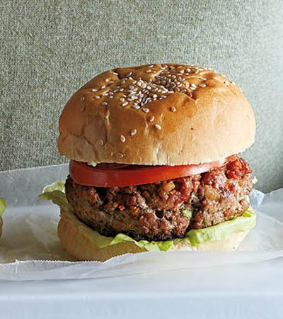 hamburguesa volcan con queso y chorizo