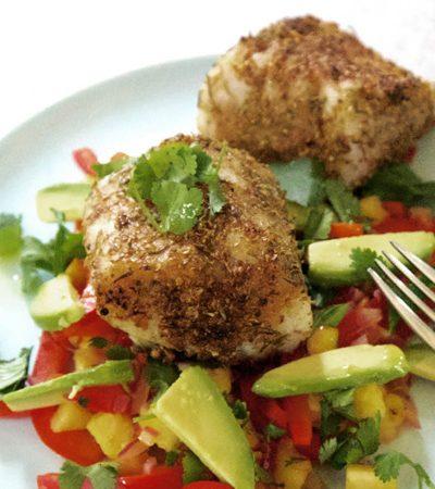 lomitos de pescado con salsa de aguacate