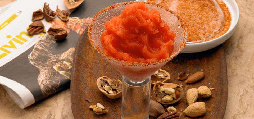 Margarita de nectarina y chamoy