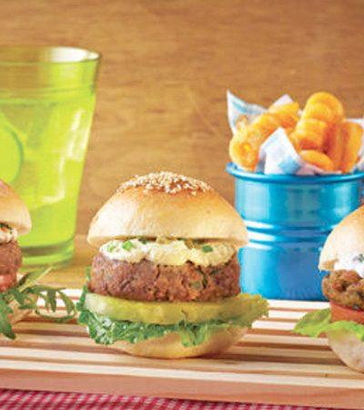 Mini hamburguesas de cordero y jocoque