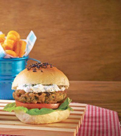 Mini hamburguesas de salmón y eneldo