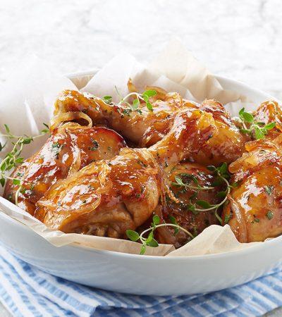 Pollo con chabacano y cebollas caramelizadas