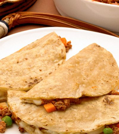 Quesadillas de picadillo y queso