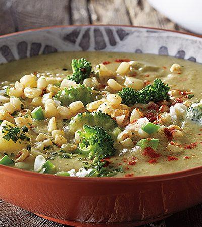 Sopa de Elote con Brócoli