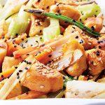 Teppanyaki de pollo y vegetales