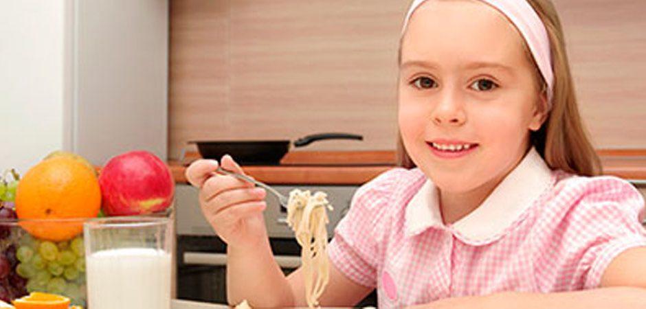 4 alimentos básicos para tus hijos