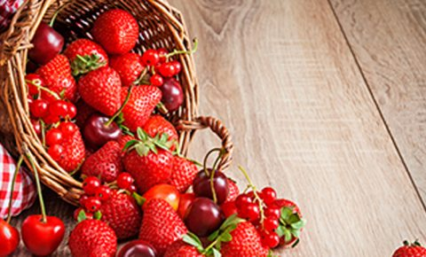 5 ricas razones para incluir frutos rojos en tus postres