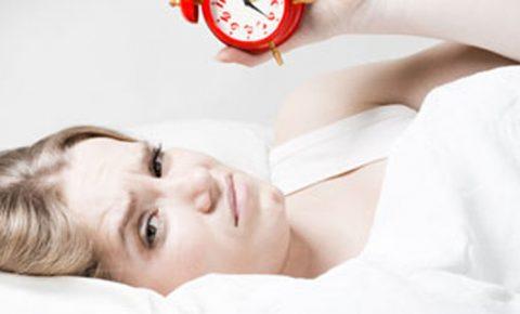 7 alimentos que te ayudarán a conciliar el sueño