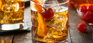 Este viernes, ¡celebra con whisky! Descubre por qué: