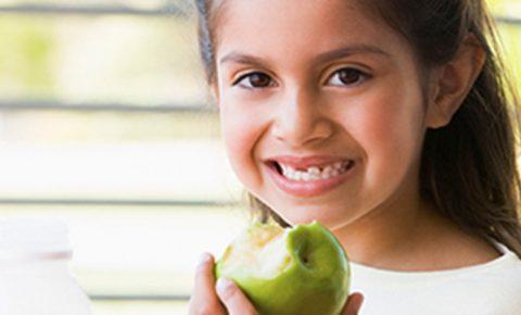 Motiva a tu hijo a comer bien