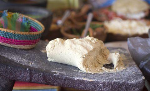 Nixtamalización: El maíz convertido en tortilla