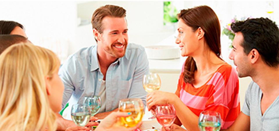 ¿Tienes cena en casa esta noche? 6 cosas que hacen los buenos anfitriones