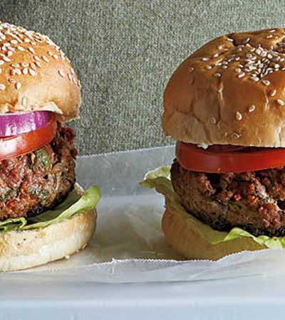 hamburguesa-volcan-con-queso-y-chorizo