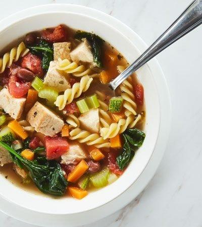 sopa-pasta-pollo