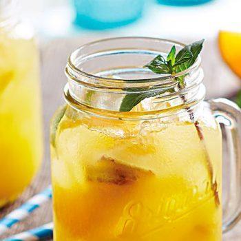 Agua de Naranja con Jengibre