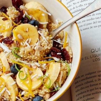 bowl de cereales y semillas para el desayuno recetas chef oropeza