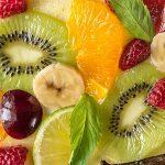 Carpaccio de frutas con aderezo de menta
