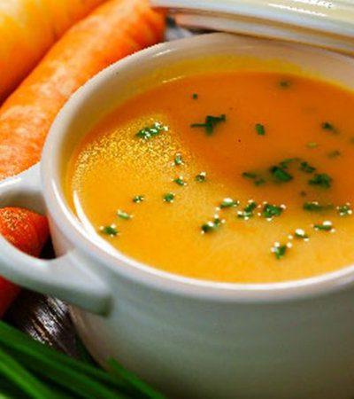 Crema de quelites y zanahorias
