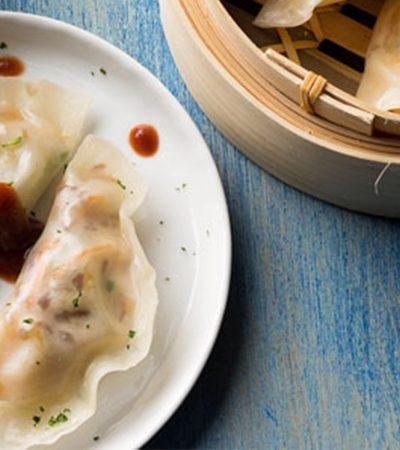 Dumplings con salsa de ciruela picante