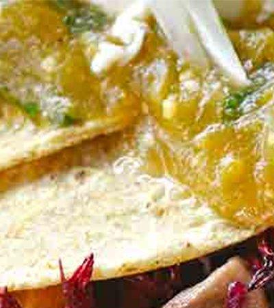 Enchiladas de hongos y jamaica