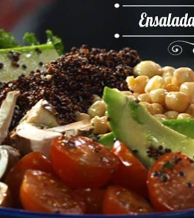 Ensalada de vegetales y quinoa