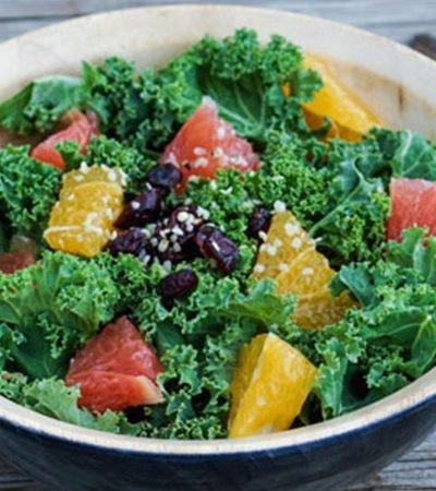 Ensalada de toronja con kale
