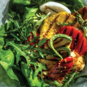 Ensalada de Vegetales y Piña a la Parrilla