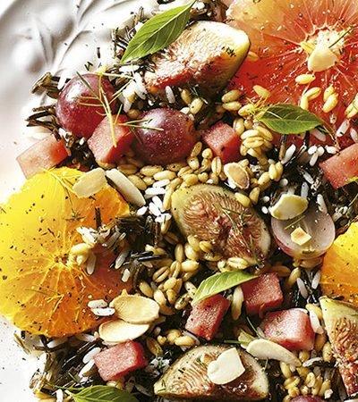 Ensalada de Verano con Arroz y Frutas
