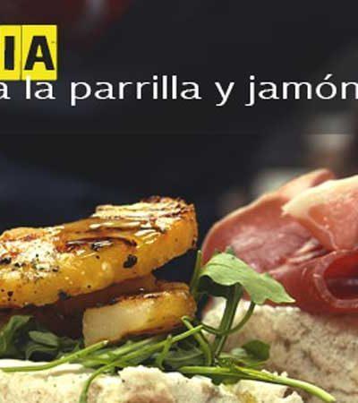 Focaccia de Jamón Serrano con Piña y Roquefort