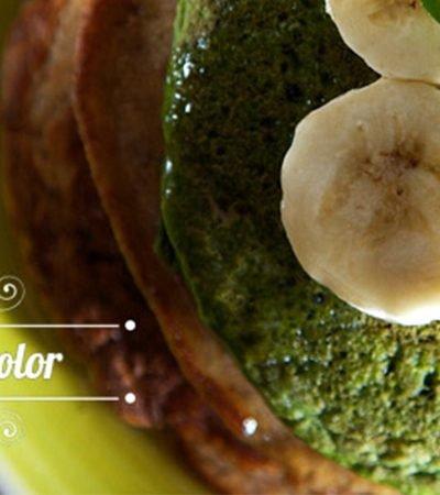 Hotcakes bicolor con mantequilla de almendras