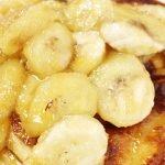 Hot cakes de plátano y manzana amarilla