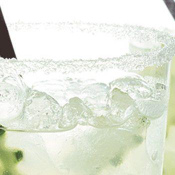 Limonada con Pepino y Cardamomo