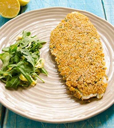 Filete de pescado con mayonesa y amaranto