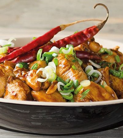 Pollo al wok con salsa oriental