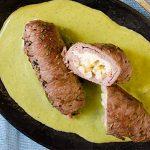 Rollitos de bistec con salsa de poblano