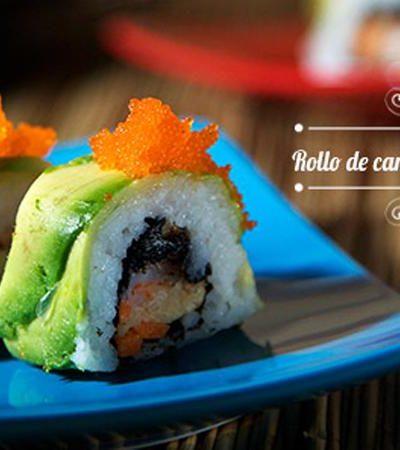 Rollo de camarón tempura y aguacate