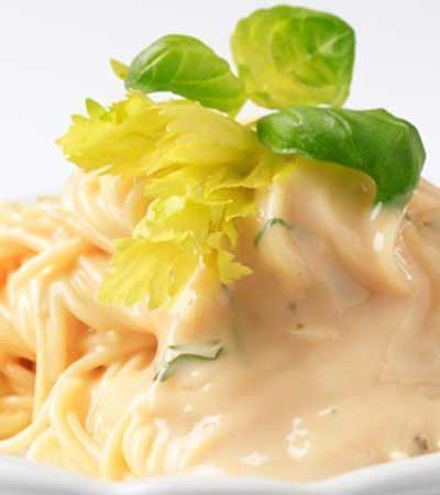 spaghetti-en-salsa-de-3-quesos
