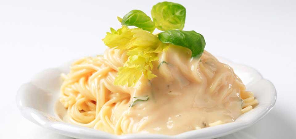 Spaghetti En Salsa De 3 Quesos Chef Oropeza
