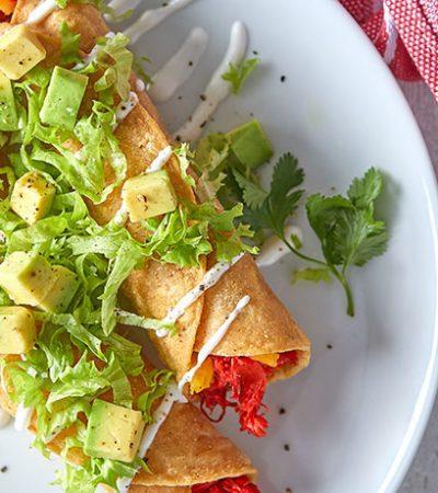 Tacos de pollo al axiote