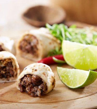 Tacos de rib eye con salsa de ajonjolí